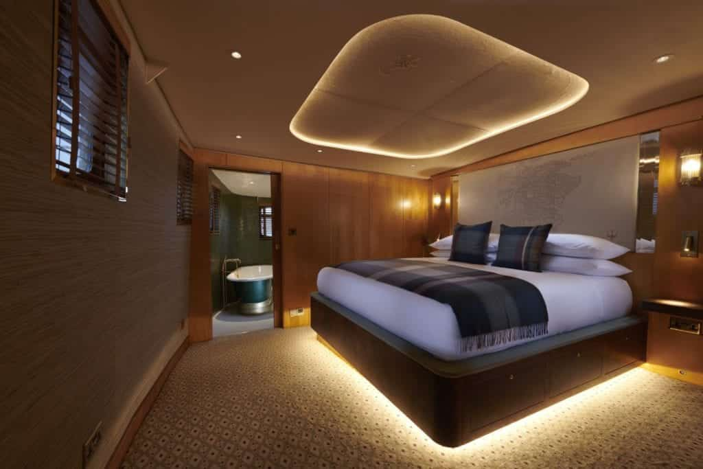 Photo of Skerryvore bedroom - Hospitality Photographic